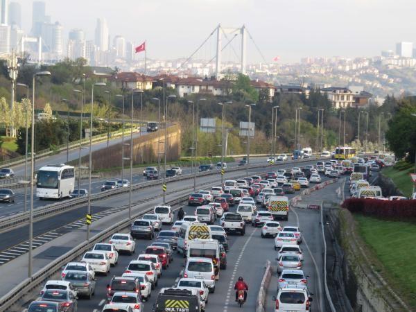 82 saatlik kısıtlama sonrası İstanbul'da trafik yoğunluğu - Sayfa 2
