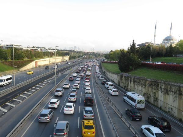 82 saatlik kısıtlama sonrası İstanbul'da trafik yoğunluğu - Sayfa 4