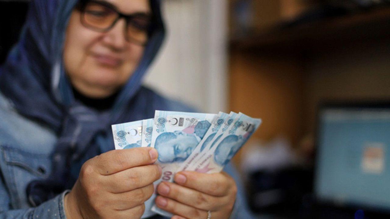 Cumhurbaşkanı Erdoğan açıkladı; Emekli bayram ikramiyesi 1100 liraya çıkarıldı - Sayfa 2