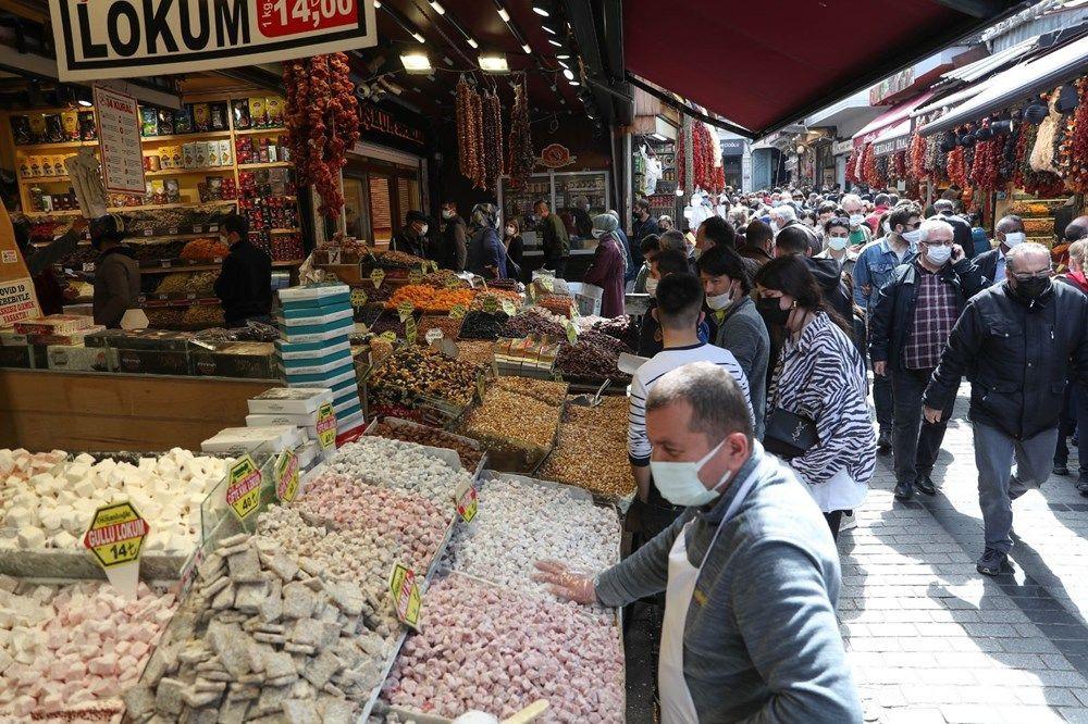 Eminönü'nde 'kapanma alışverişi' yoğunluğu - Sayfa 4