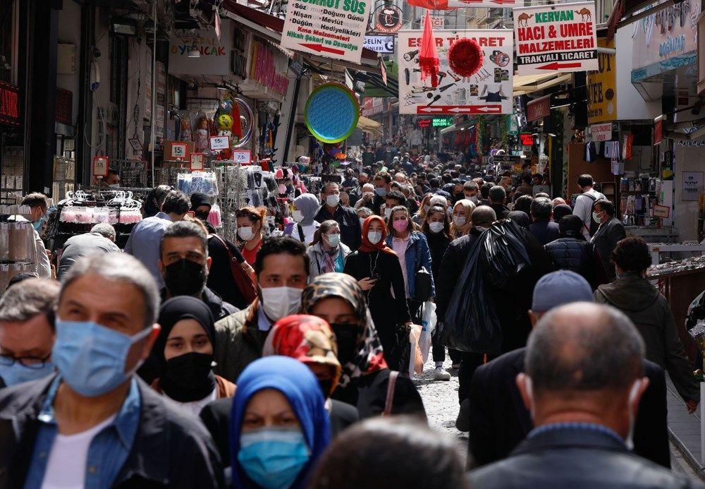 Eminönü'nde 'kapanma alışverişi' yoğunluğu - Sayfa 1
