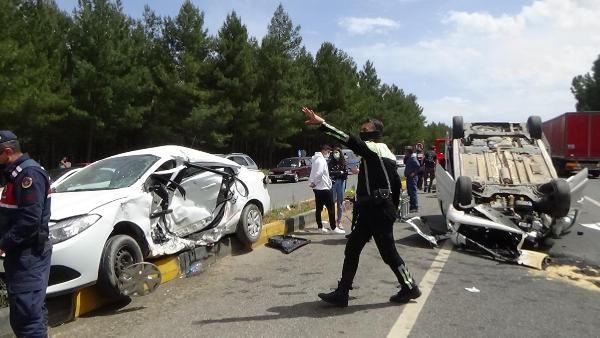 Muğla'da personel aracı ile otomobil çarpıştı: 1 ölü, 5 yaralı - Sayfa 1