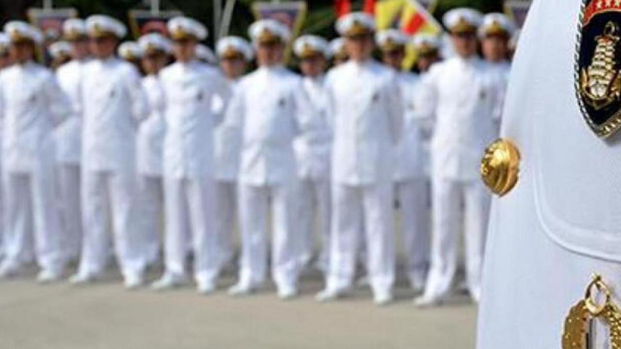 Bazı emekli amirallerin elektronik kelepçeleri çıkarılıyor