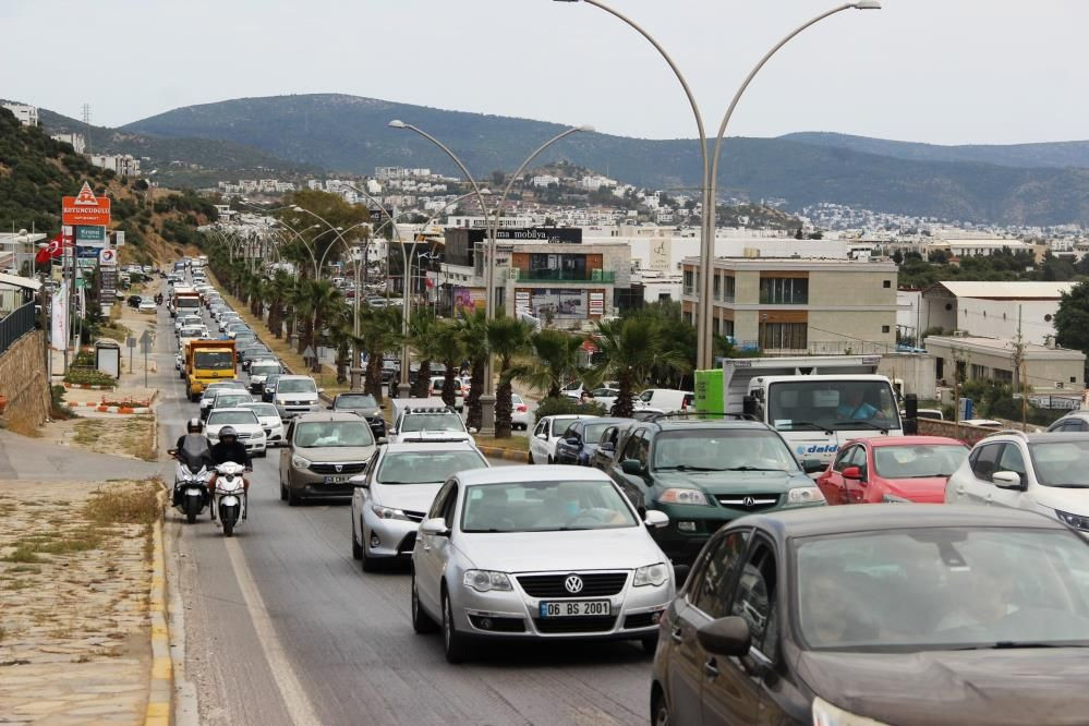 Bodrum Belediye Başkanı Ahmet Aras: Birdenbire kaosla karşılaştık - Sayfa 1