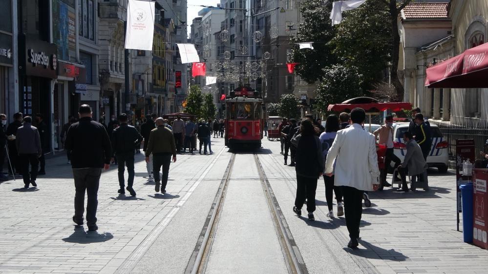 İstiklal Caddesi'nde kapanma yoğunluğu - Sayfa 2