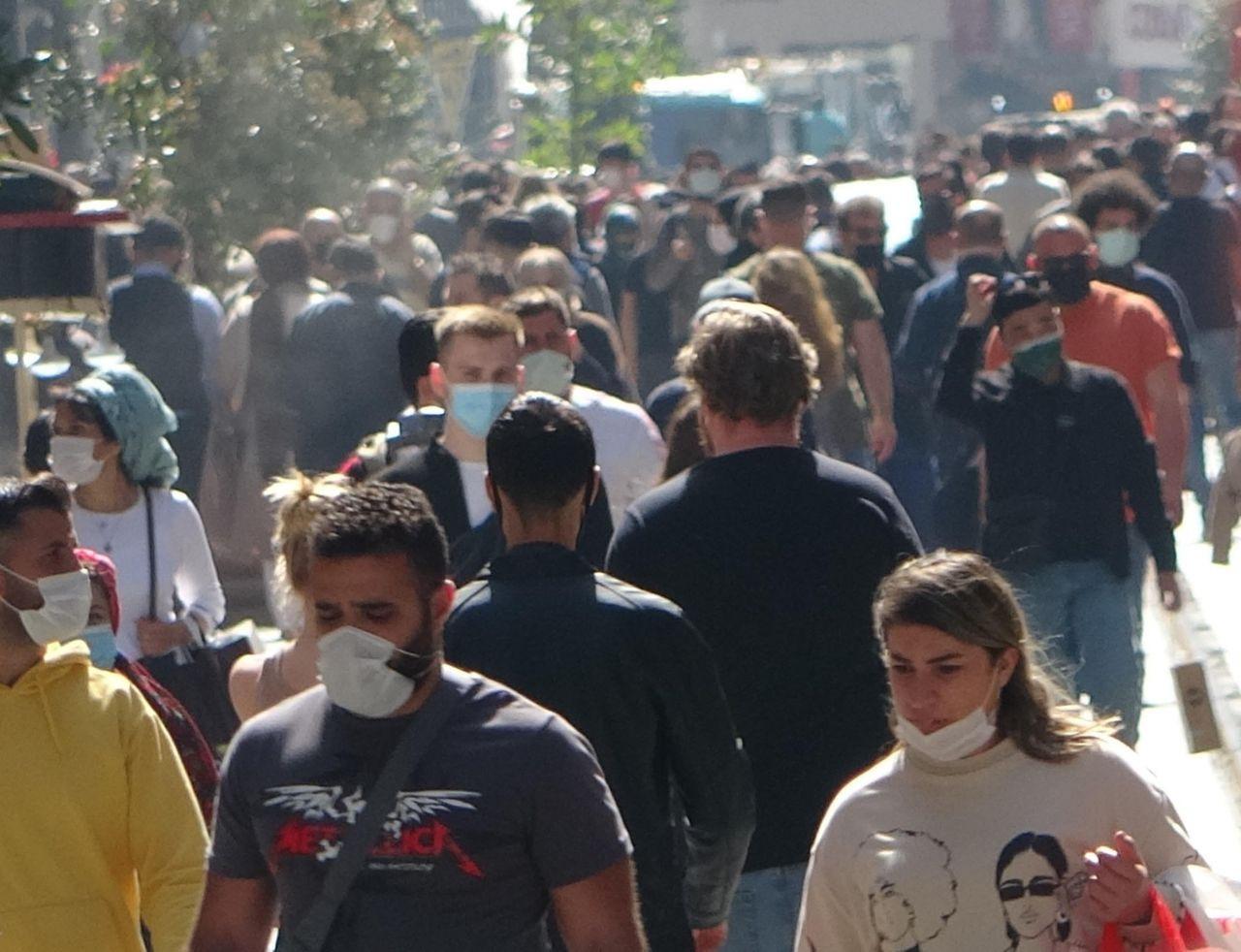İstiklal Caddesi'nde kapanma yoğunluğu - Sayfa 1
