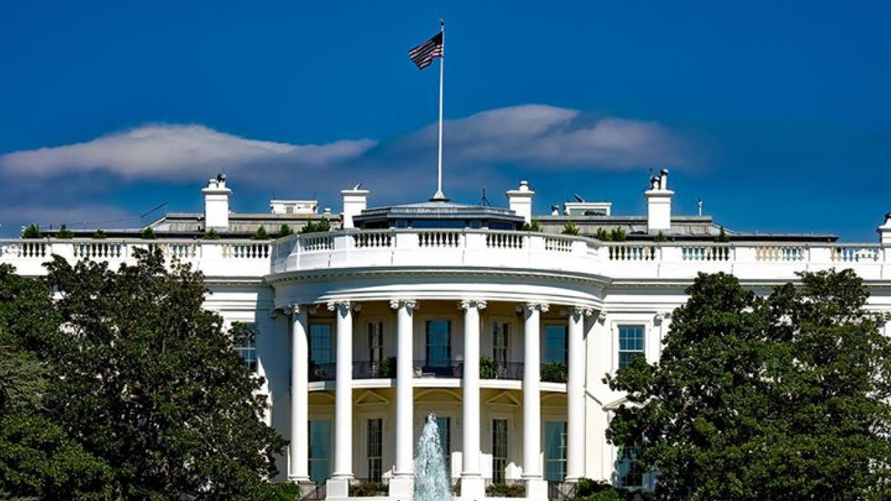 Beyaz Saray'da gizemli hastalık