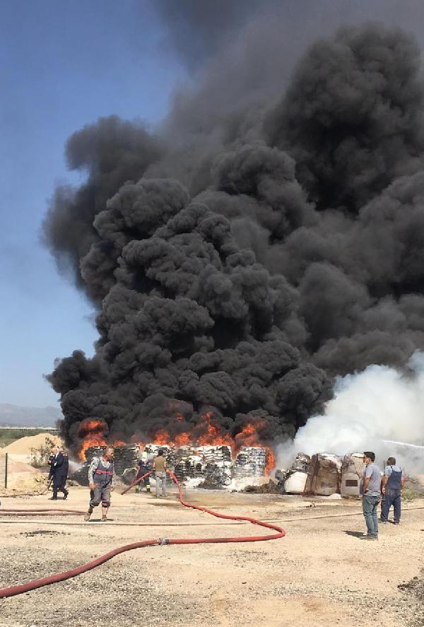Zift yapım tesisinde yangın; 60 ton katkı maddesi yandı - Sayfa 2