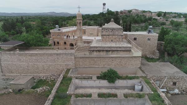 Dillerin ve dinlerin buluştuğu Midyat'ta UNESCO sevinci - Sayfa 1