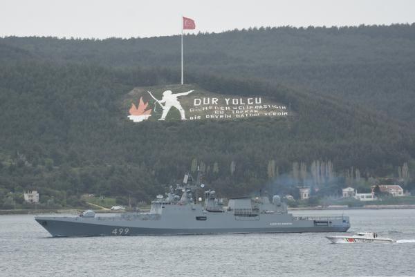 Rus savaş gemisi Çanakkale Boğazı'ndan geçti - Sayfa 1