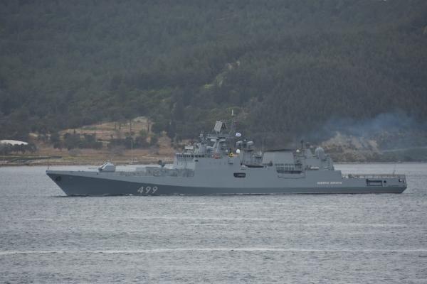 Rus savaş gemisi Çanakkale Boğazı'ndan geçti - Sayfa 2