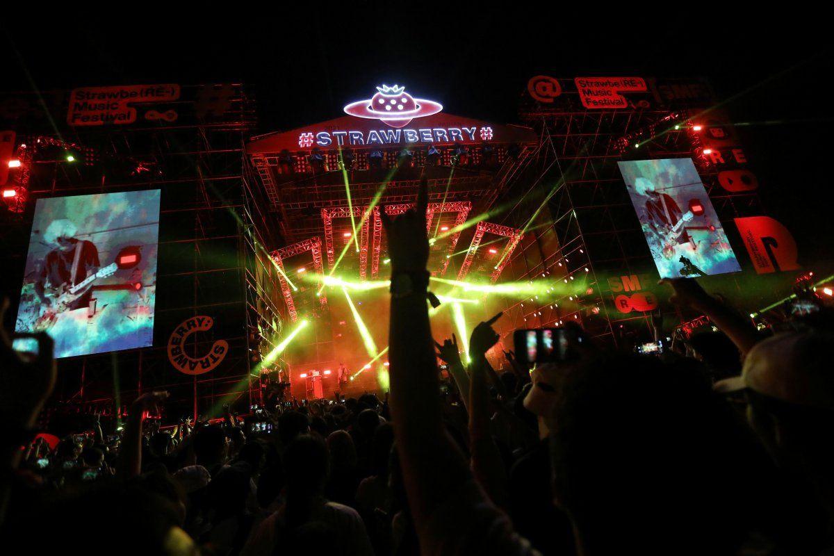 Koronavirüsün çıktığı Vuhan'da müzik festivali - Sayfa 3