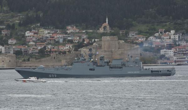 Rus savaş gemisi Çanakkale Boğazı'ndan geçti - Sayfa 4