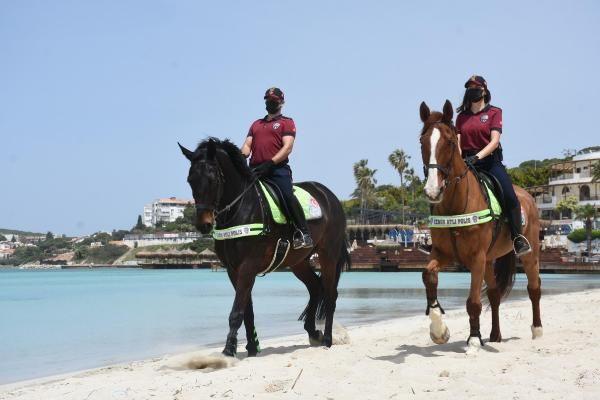 İzmir'de Ilıca Plajı'nda atlı denetim - Sayfa 1