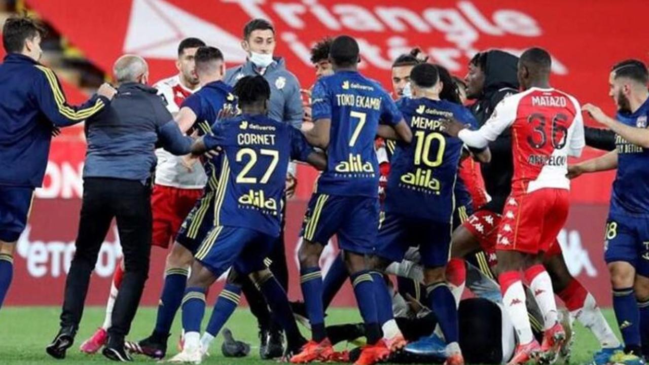 Lyon, Monaco'yu 10 kişiyle devirdi; maçtan sonra yumruklar konuştu!