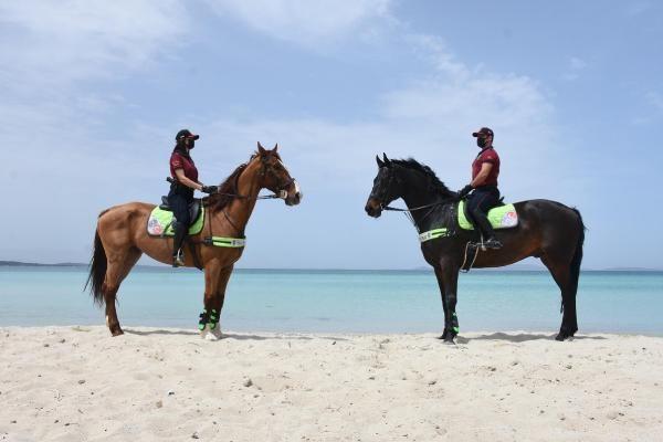 İzmir'de Ilıca Plajı'nda atlı denetim - Sayfa 3