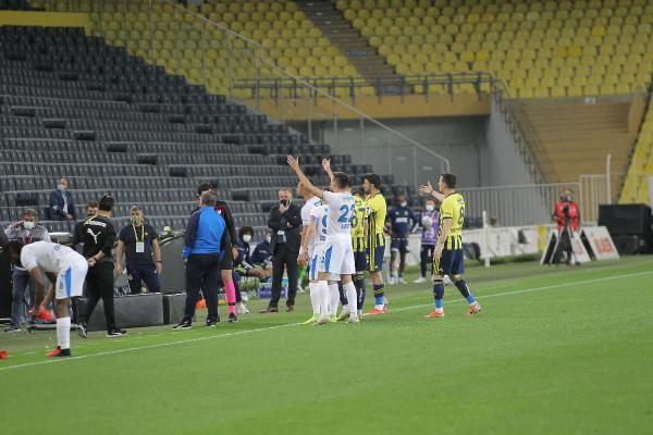Fenerbahçe, evinde BB Erzurumspor'u 3 golle mağlup etti - Sayfa 4