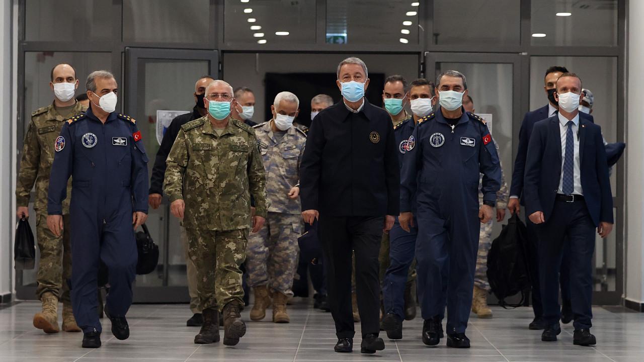 Milli Savunma Bakanı Akar: Pençe operasyonlarında 53 terörist etkisiz hale getirildi