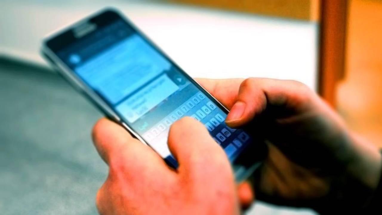 Mahkeme işvereni haklı buldu! Whatsapp mesajları işten edebilir