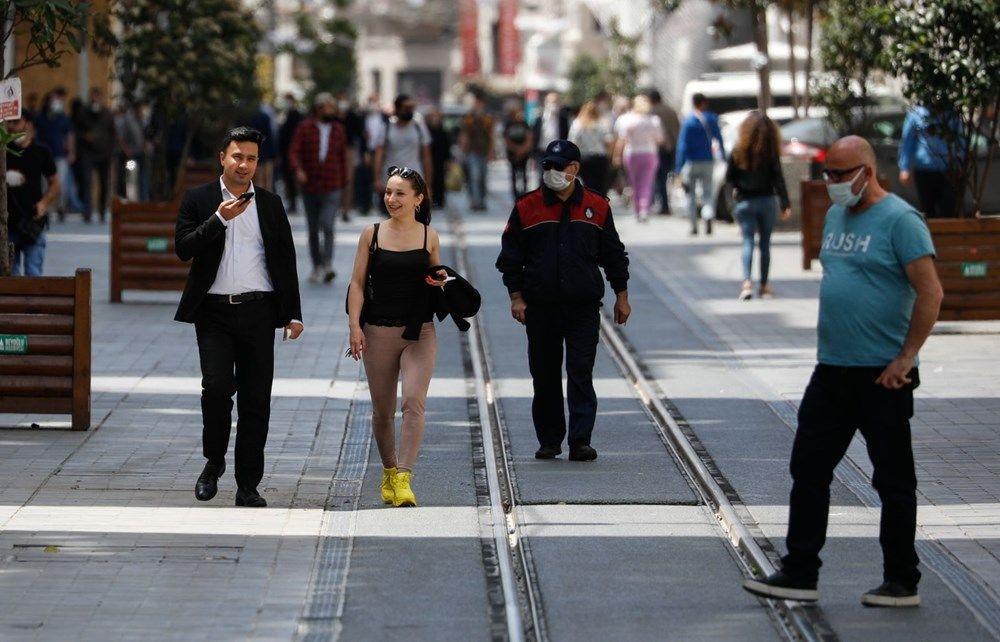 Taksim ve Eminönü'nde turist yoğunluğu - Sayfa 1