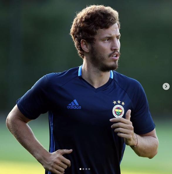Beşiktaş Salih Uçan transferinde Şampiyonlar Ligi faktörü - Sayfa 1