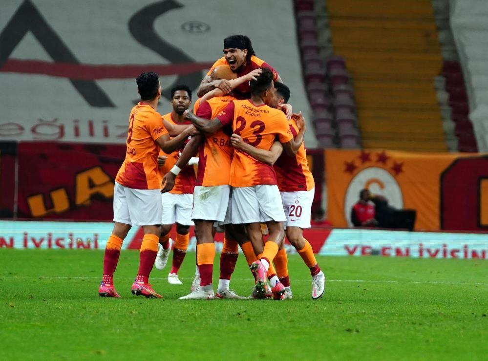 Galatasaray 3  - 1 Beşiktaş - Sayfa 2