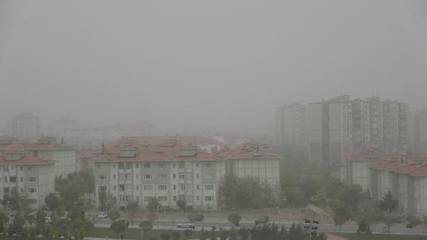 Aksaray'da 'kum fırtınası' cami minaresini yıktı - Sayfa 4