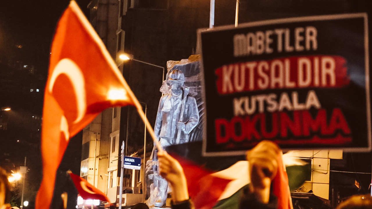 Türkiye, Filistin için sokaklara döküldü