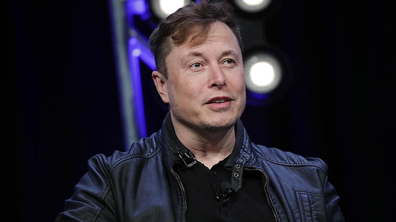 Elon Musk duyurdu; Tesla, Bitcoin ile araç satışını askıya aldı