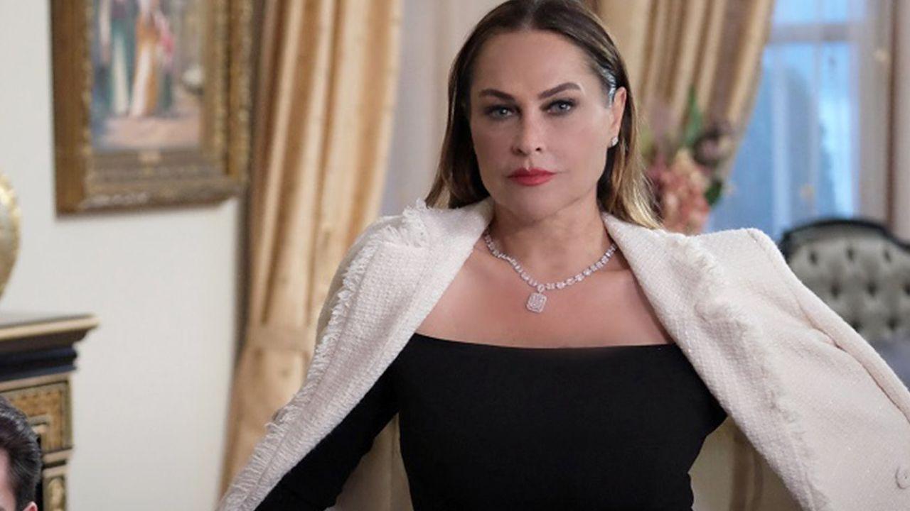 Masumiyet dizisinde Hülya Avşar krizi çıktı; Şirketi basıp ağzına geleni saydı - Sayfa 1
