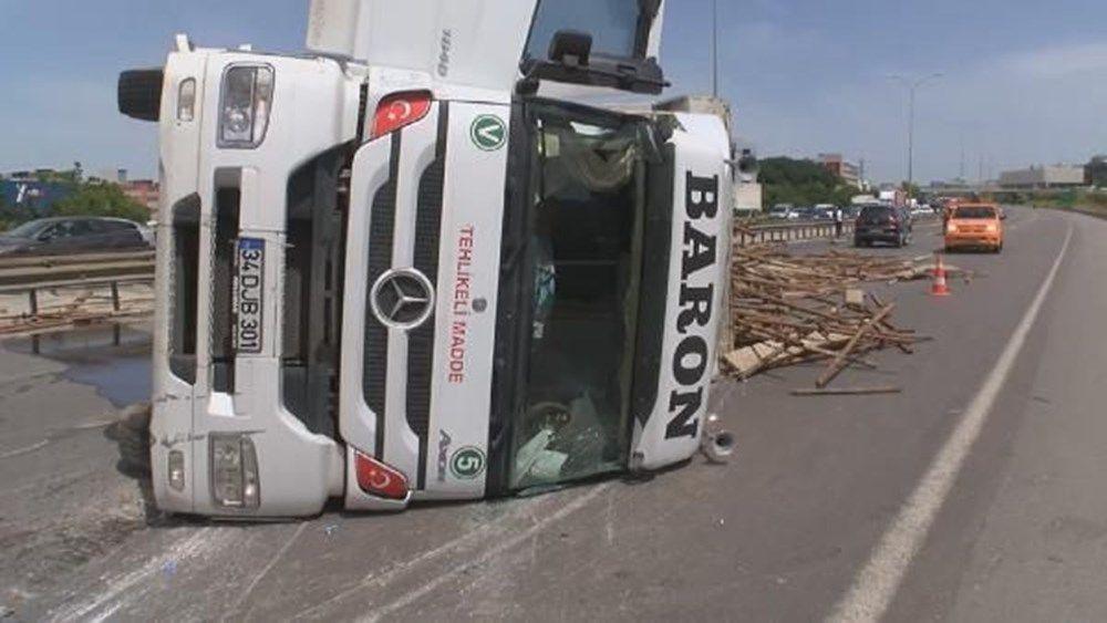 TEM'de kamyon devrildi: Ankara istikameti trafiğe kapandı - Sayfa 2