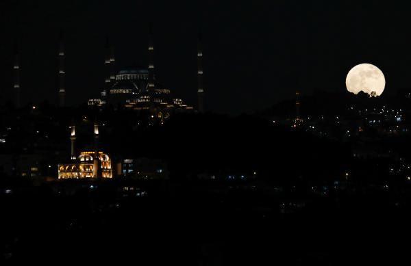 Süper Kanlı Ay İstanbul semalarında; Kartpostallık kareler ortaya çıktı - Sayfa 3