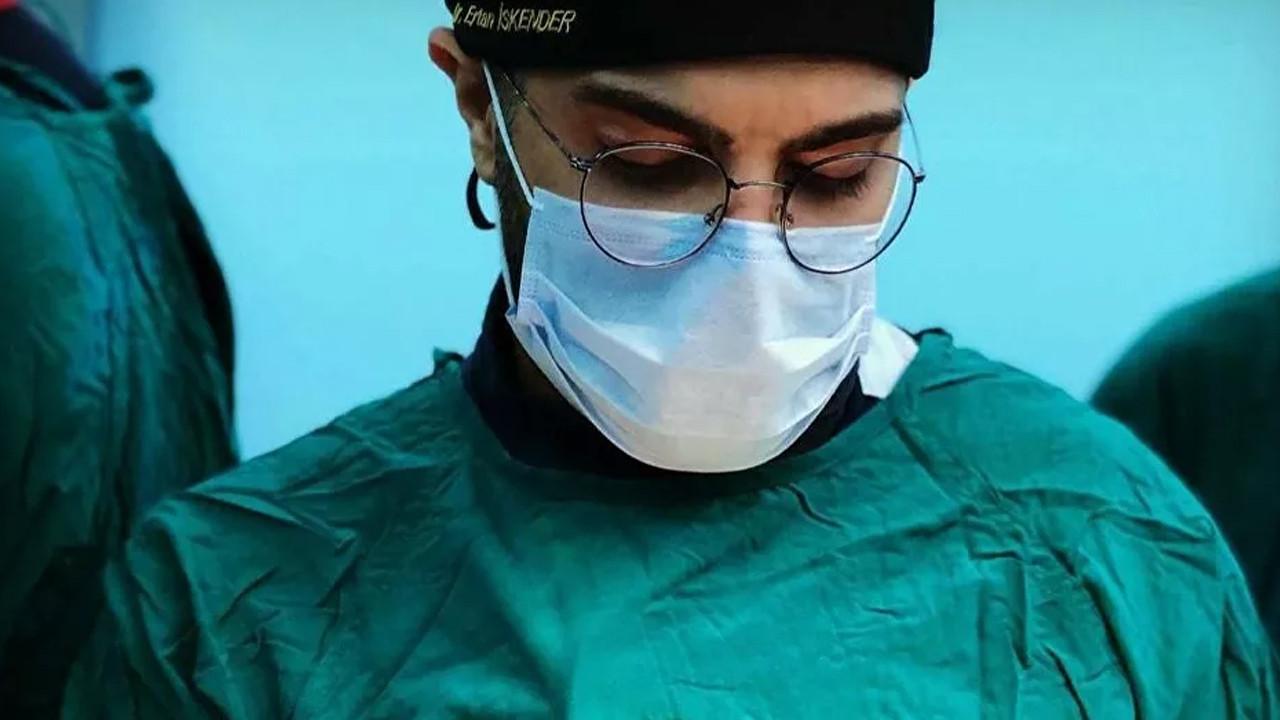 Hastanın bıçaklı saldırısına uğramıştı: Doktor Ertan İskender bir daha ameliyat yapamayacak