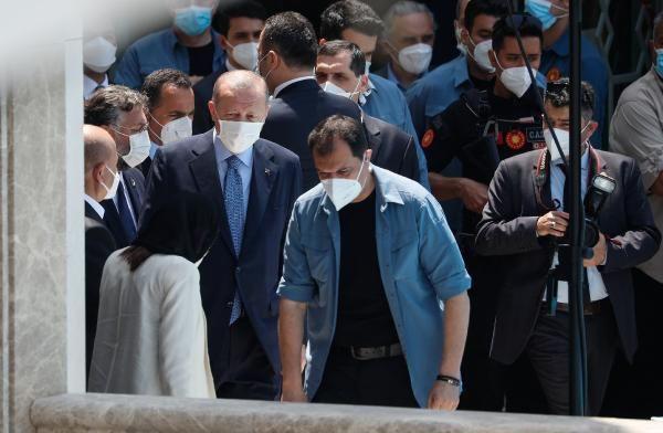 Taksim Camii ibadete açıldı - Sayfa 1