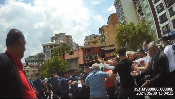 Kağıthane'de iki aile birbirine girdi, polis havaya ateş açtı - Sayfa 2