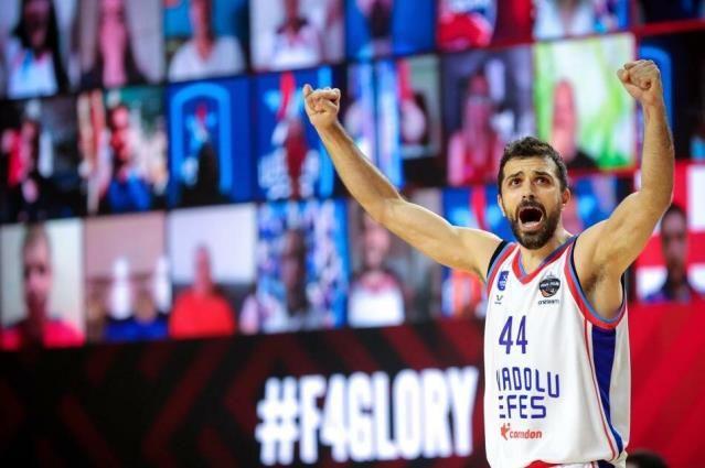 Euroleague'de şampiyon Anadolu Efes - Sayfa 1