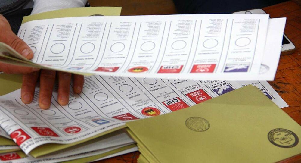 Abdulkadir Selvi: Seçim barajı düşüyor - Sayfa 4