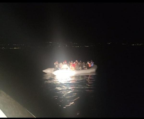 Çeşme açıklarında 74 kaçak göçmen kurtarıldı - Sayfa 2