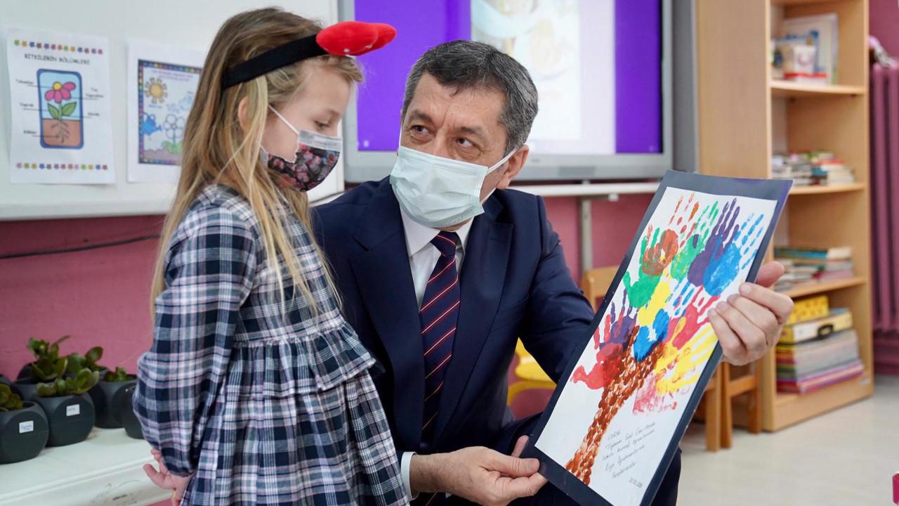 Milli Eğitim Bakanı Selçuk'tan karne açıklaması
