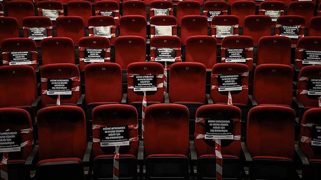 Sinema salonları aylar sonra açıldı