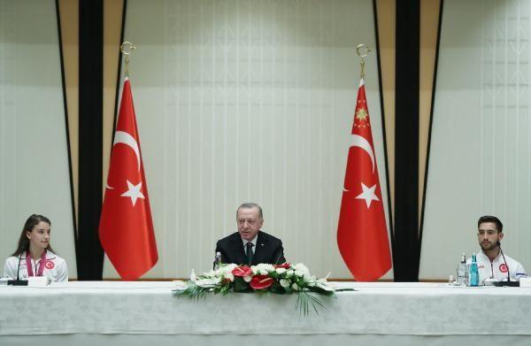 Erdoğan, madalya alan cimnastikçileri kabul etti - Sayfa 2