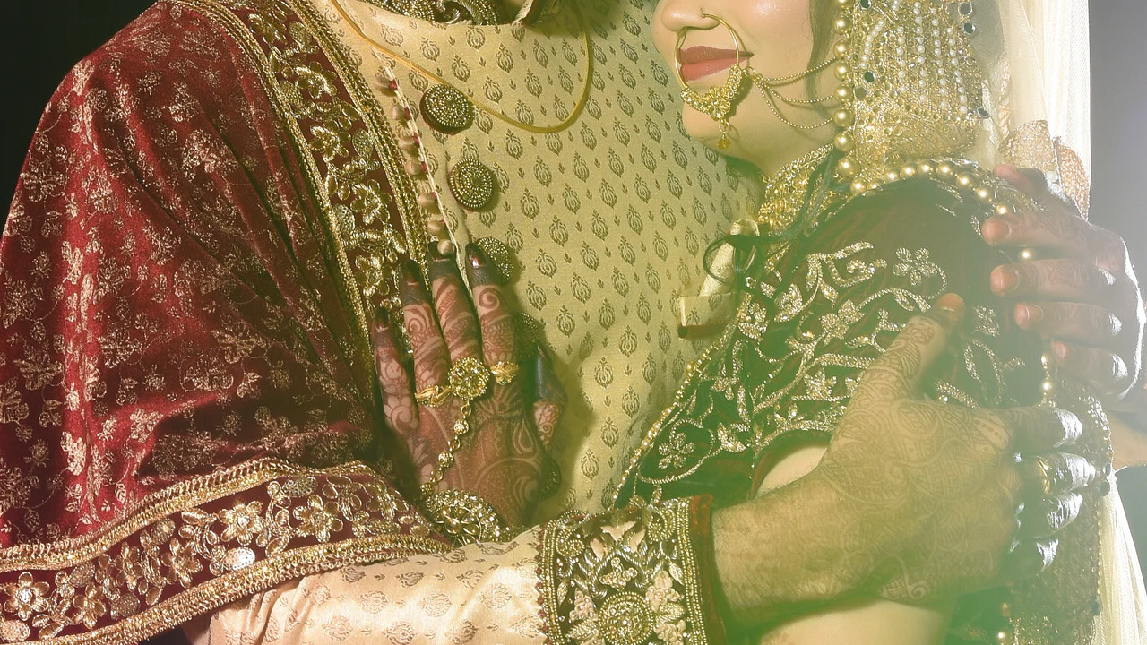 Gelin düğününde ölünce damat baldızıyla evlendi