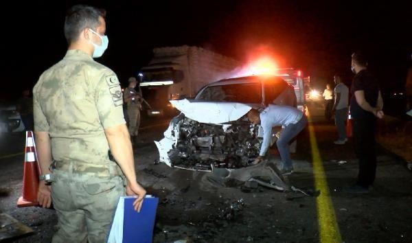 Diyarbakır'da 'hatalı sollama' kazası; 4 kişinin durumu ağır - Sayfa 2