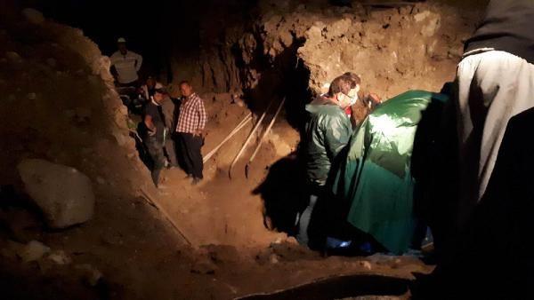 Su kanalı kazısında toprak altında kalan 2 kardeşten 1'i öldü - Sayfa 2