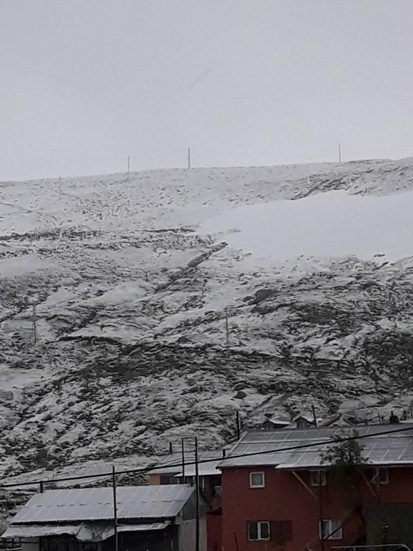 Karadeniz'de yazın 'kar' sürprizi, yaylalar beyaza büründü - Sayfa 2