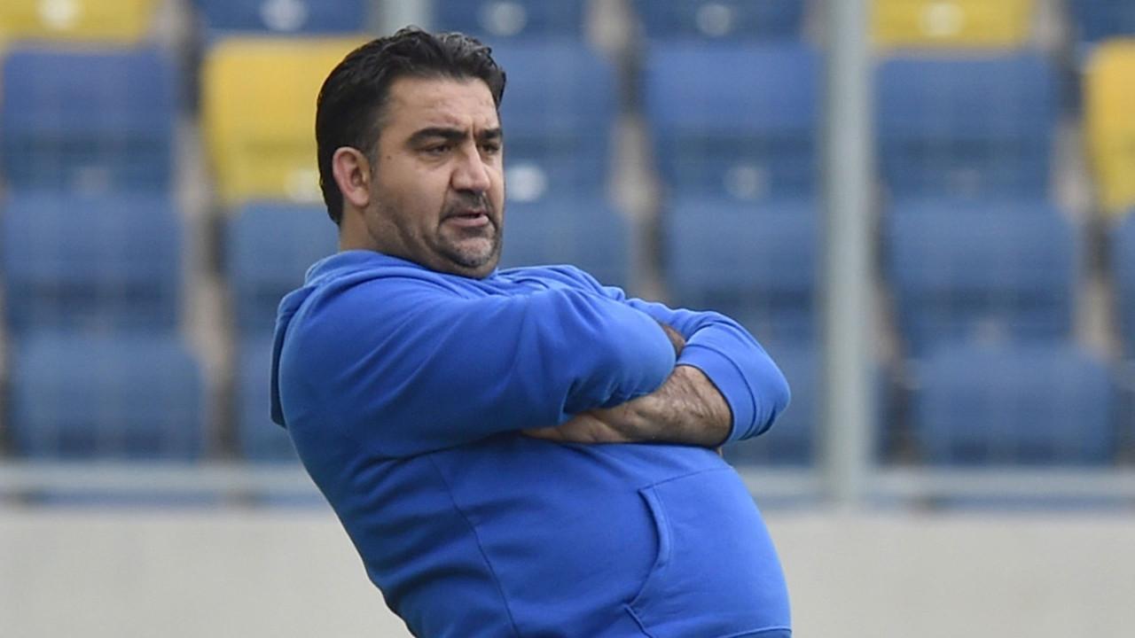 Ümit Özat Fenerbahçe'nin yeni teknik direktörünü açıkladı!