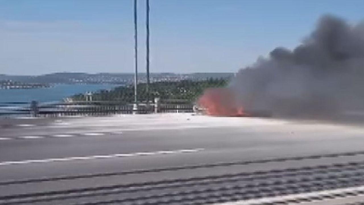 FSM'deki araç yangını trafiği kilitledi