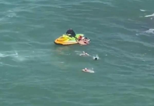 Şile'de boğulma tehlikesi geçiren 5 kişiyi itfaiye kurtardı - Sayfa 2