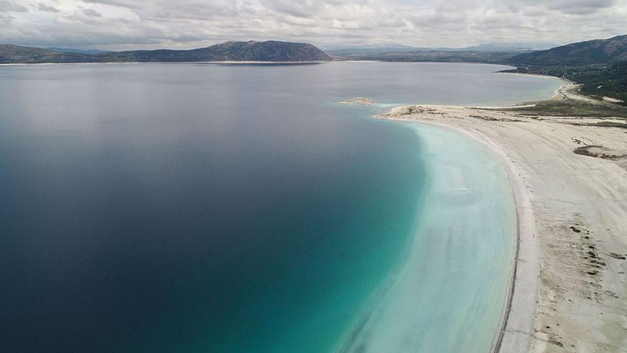 Salda Gölü'ndeki renk değişikli analiz edildi! İşte nedeni...