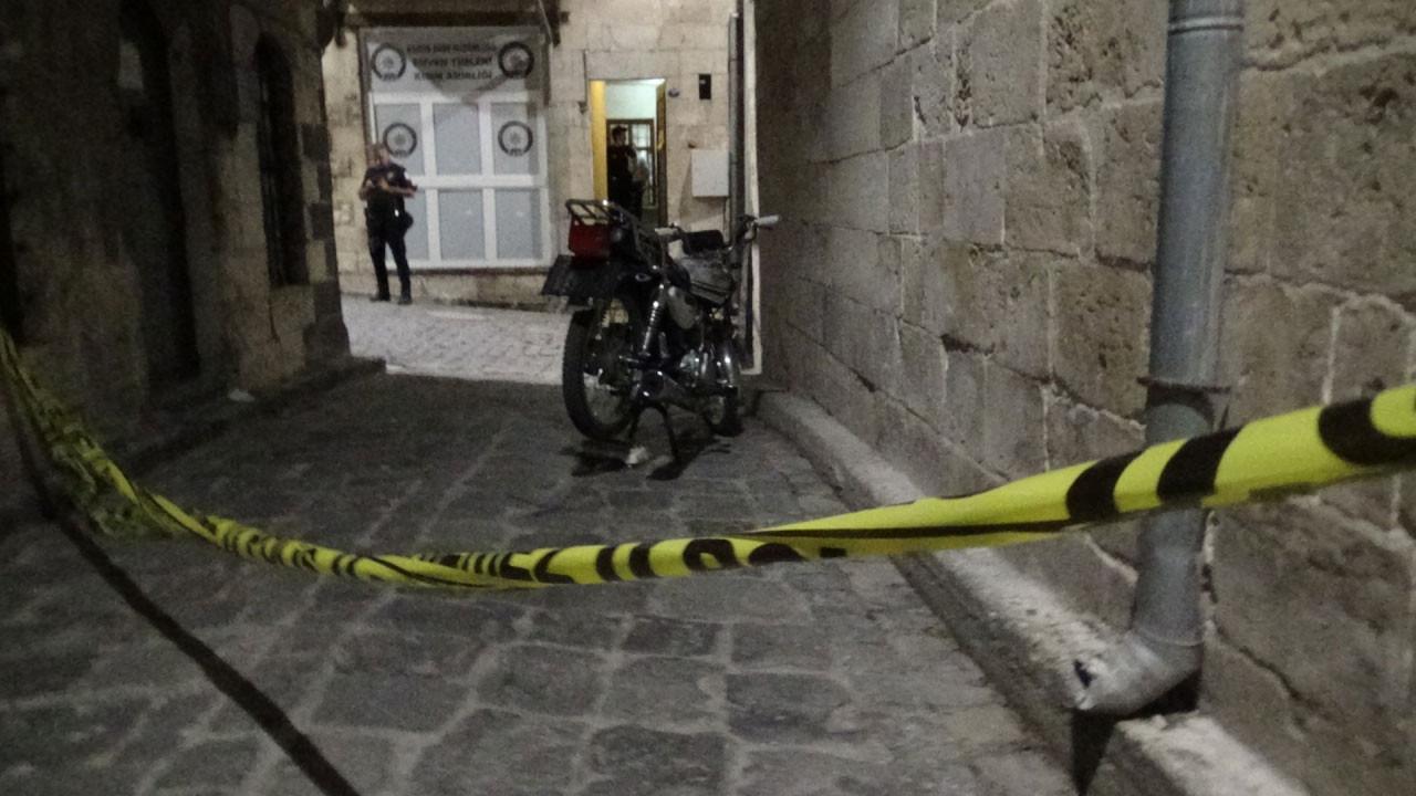 Gaziantep'te silahlı çatışma! 1'i polis 5 kişi yaralandı